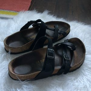 Birkenstock black sandals women's size 7